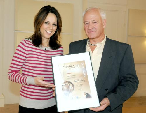 Vera Russwurm mit Hannes Marte - Foto: ORF / Hubert Mican